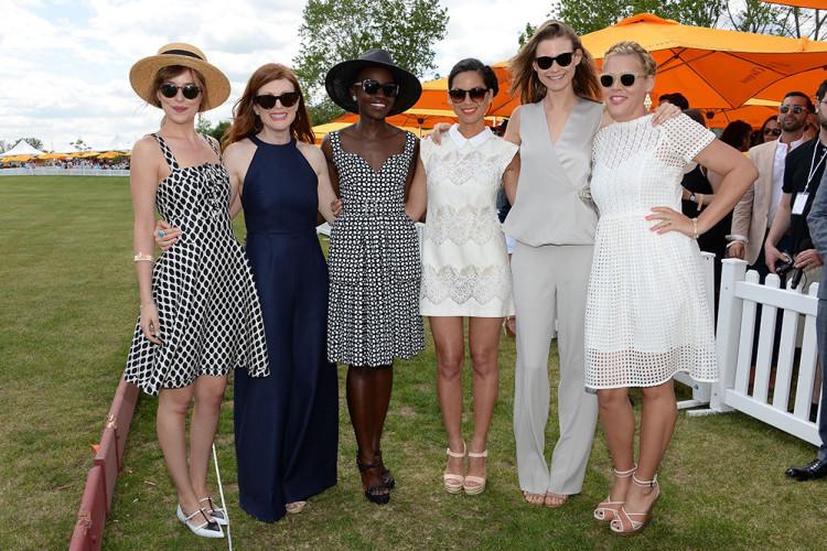 (L-R) Dakota Johnson, Julianne Moore, Lupita Nyong'o, Olivia Munn, Behati Prinsloo and Busy Philipps.