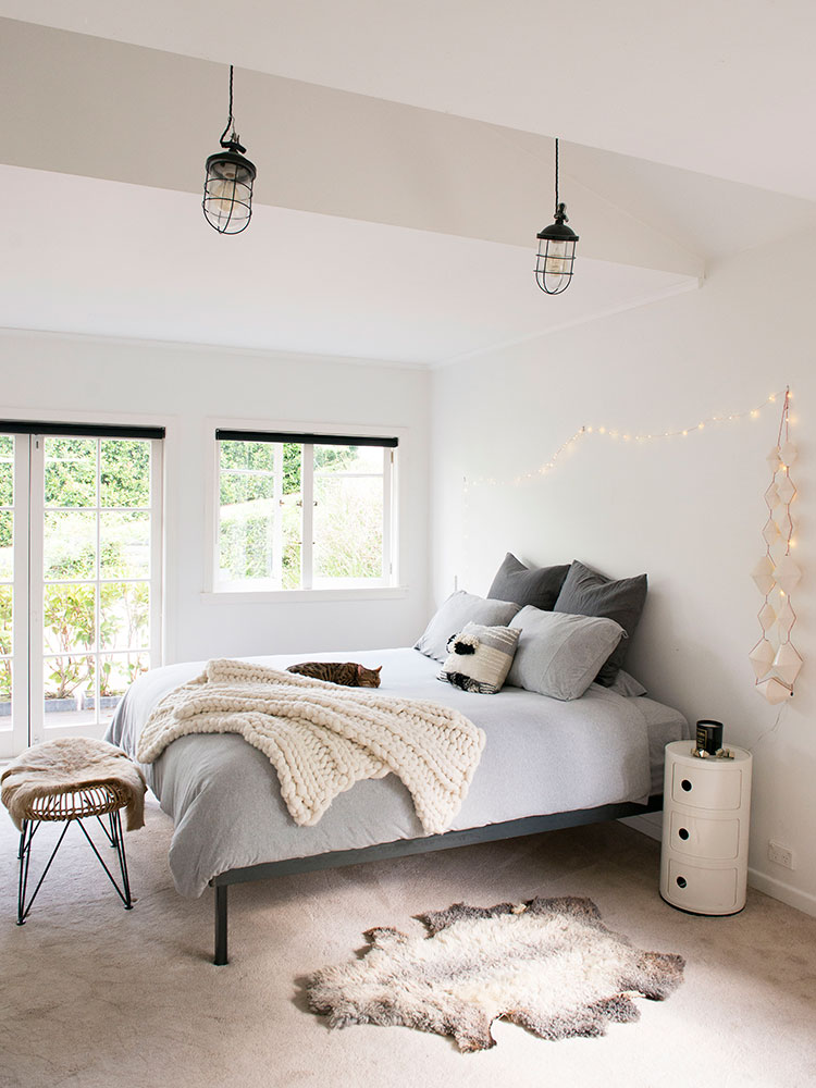 Emma Bidois and Dane Winter bedroom