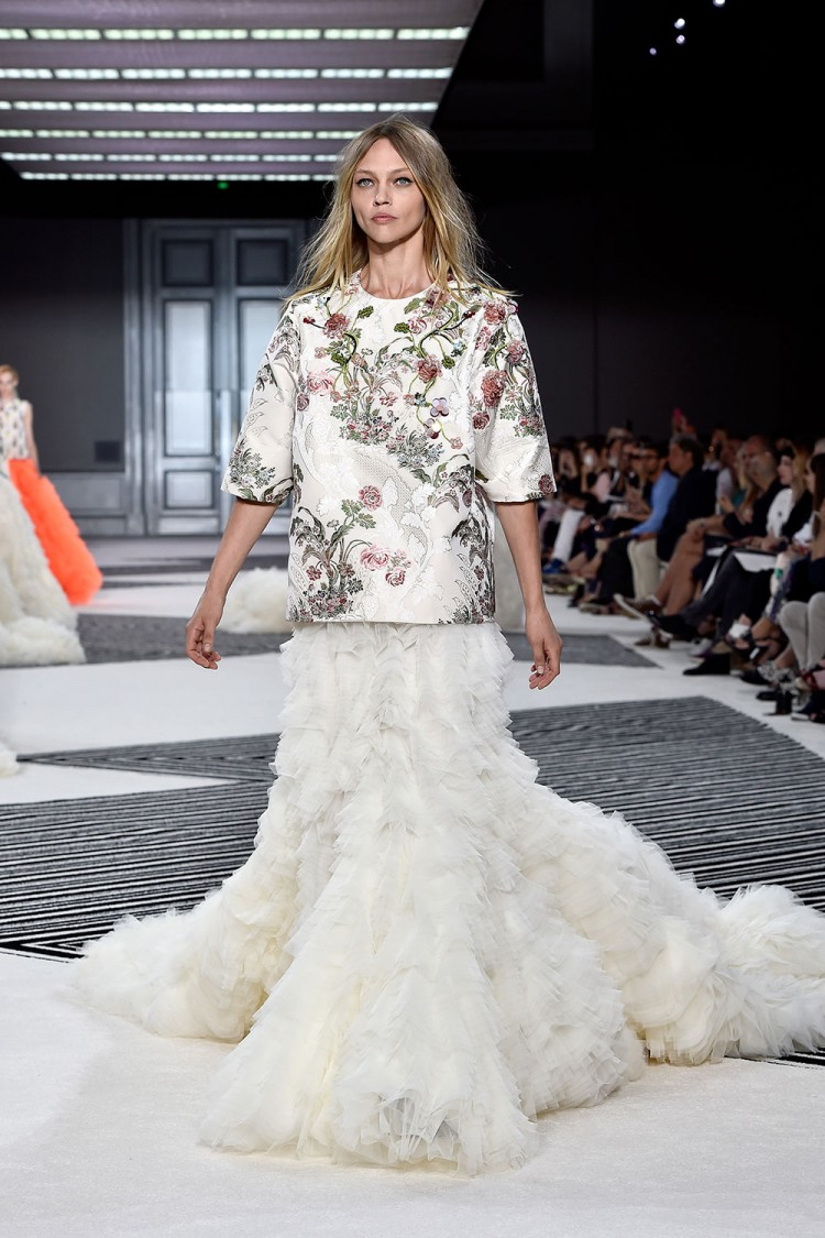 Look 50 from the Giambattista Valli show at Paris Fashion Week Haute Couture FW 2015/2016. Photo / Getty Images