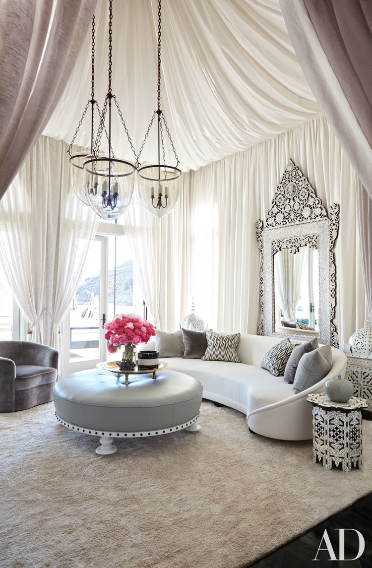 Khloe's decorator Martyn Lawrence Bullard tented Khloe's living room with a sheer fabric of his own design.