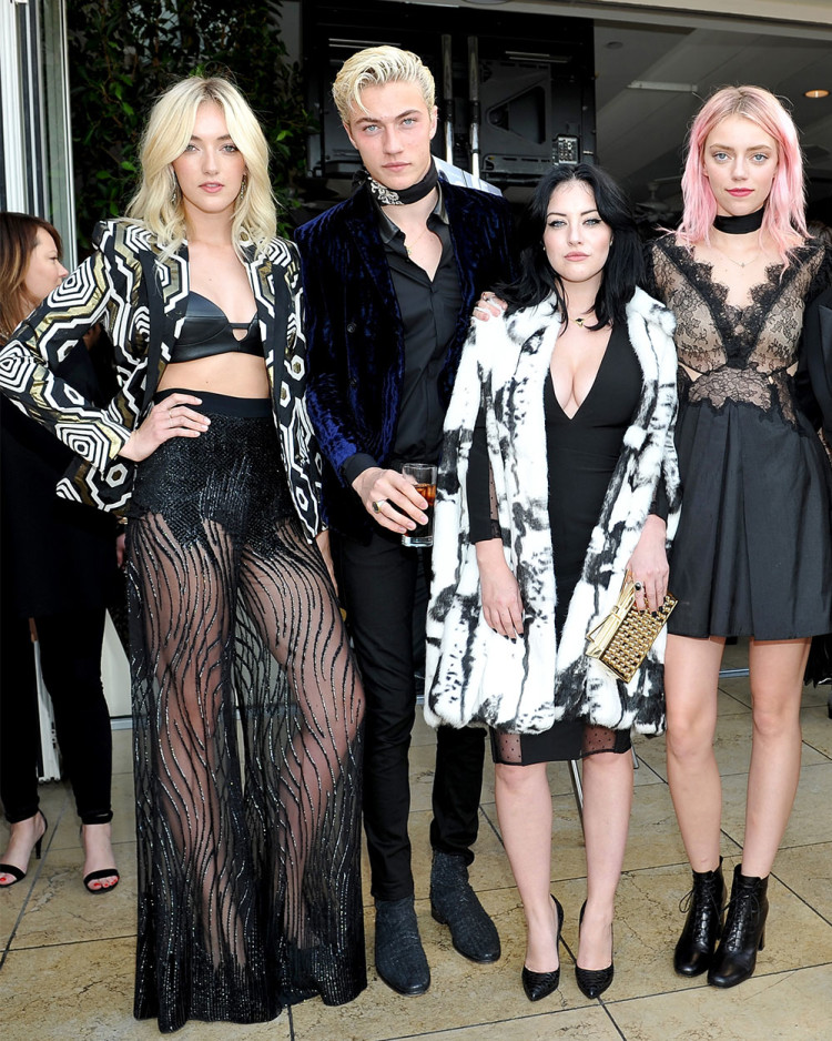 The coolest family around: (L-R) Daisy Clementine Smith, Lucky Blue Smith, Starlie Smith and Pyper America Smith.