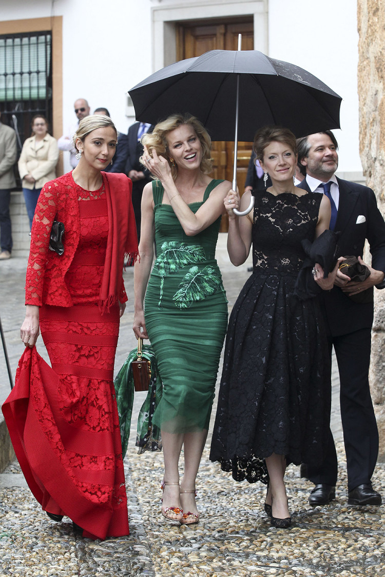 Eva Herzigova and friends attend the wedding of Lady Charlotte Wellesley and Alejandro Santo Domingo.