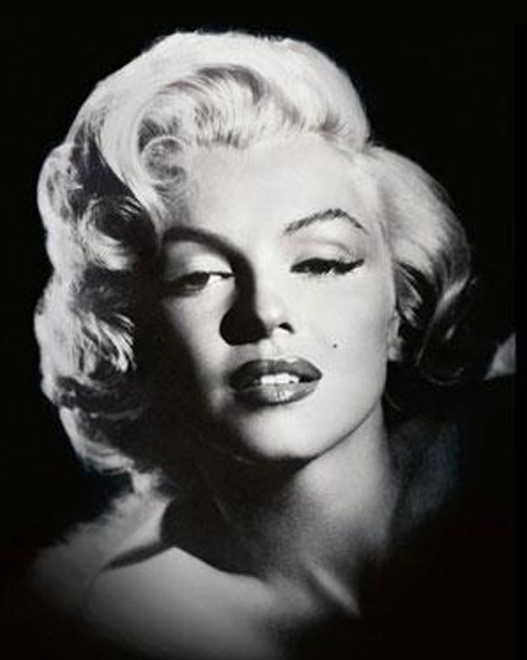2. Blonde bombshell and 50s sex symbol, Marilyn Monroe