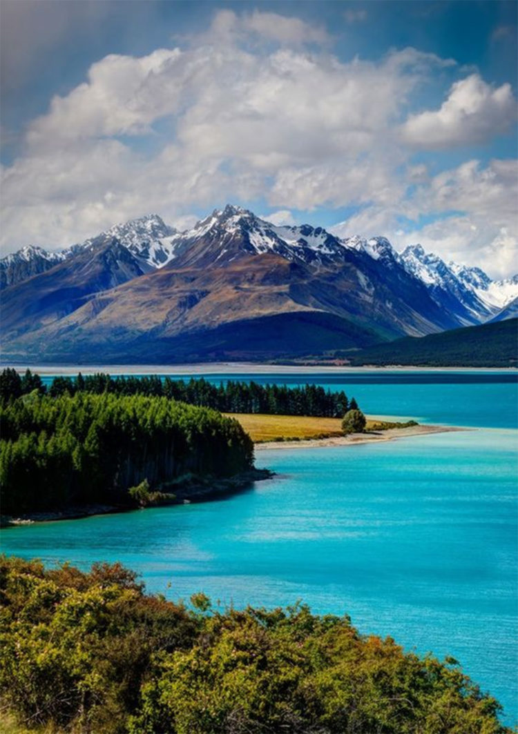 More couples are ditching the post-wedding honeymoon in favour of a smaller break close to home, before taking off further afield at a later date. Living in New Zealand means we're spoiled for choice.