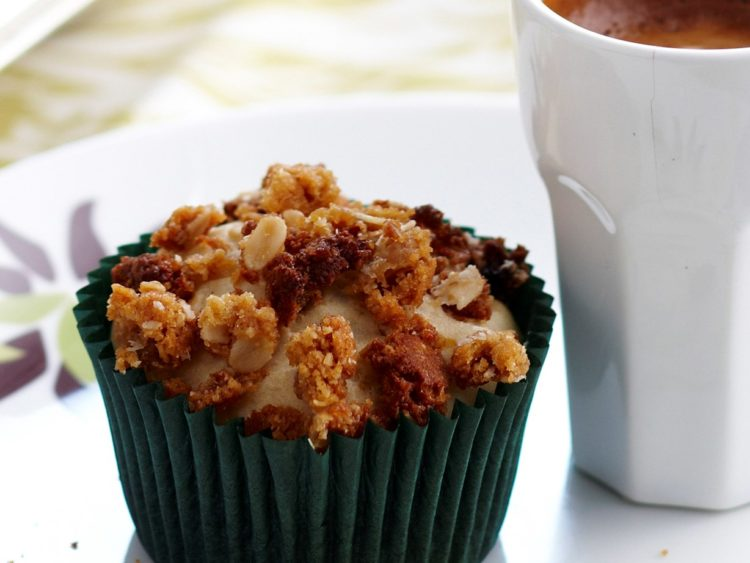 ANZAC muffins ANZAC muffins? Yes please. Serve warm with slathered with butter and drizzle of golden syrup for a decadent treat. Find the recipe here.