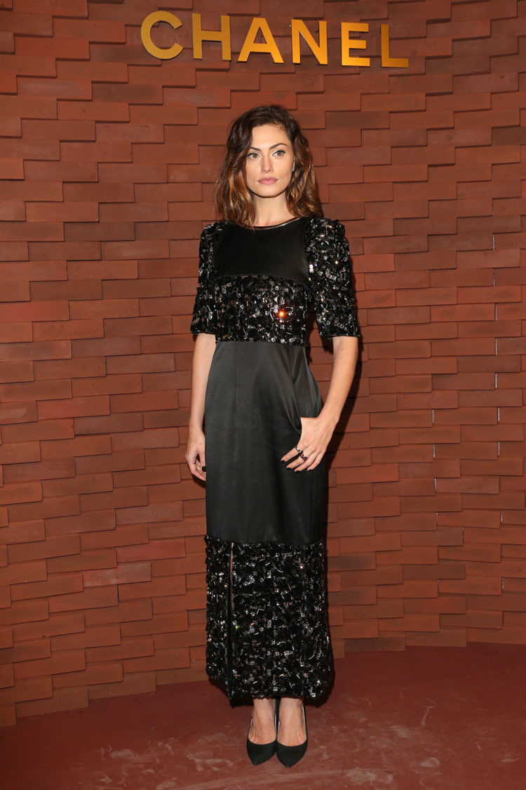FQ-best-dressed-8-december-phoebe-tonkin.jpg