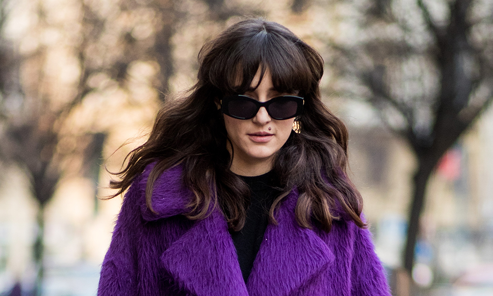 6 of our favourite autumn street style hair styles and how to create them | waves-fringe-bangs-hair-styles-street-style-favourite-trends_gallery-1000x600