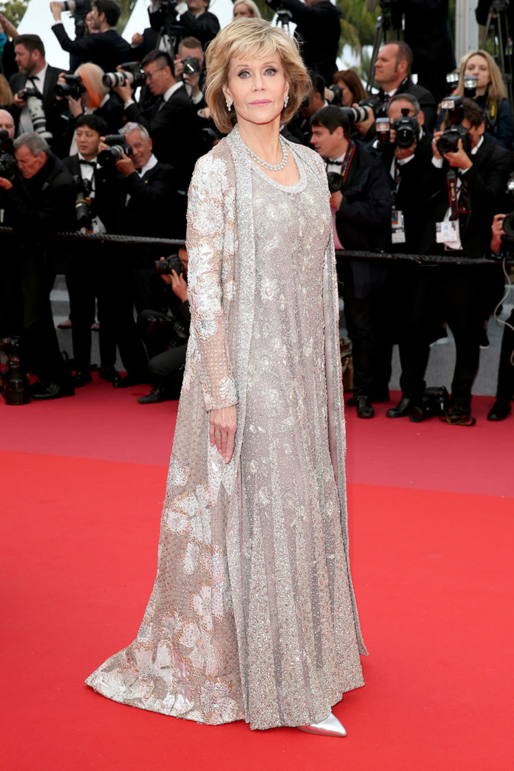 cannes-street-style-red-carpet-22