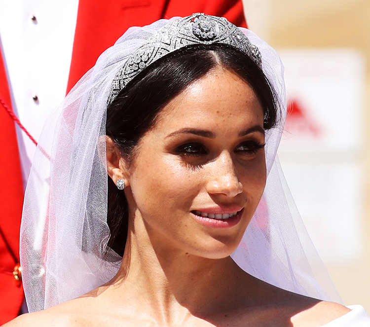 meghan-markle-wedding-dress-image-2