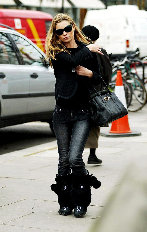 Kate Moss 2004 wearing mukluks